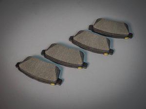 2007-2009 Mazda Brake Pads (L2Y6-26-48Z)